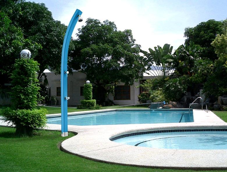 Las mejores duchas solares para piscinas